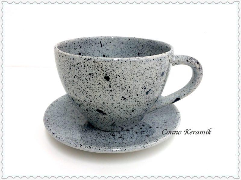 Kaffeetasse in Spritztechnik